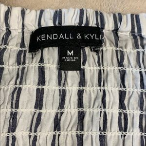 Kendall & Kylie Tops - Kendall and Kylie PacSun crop top